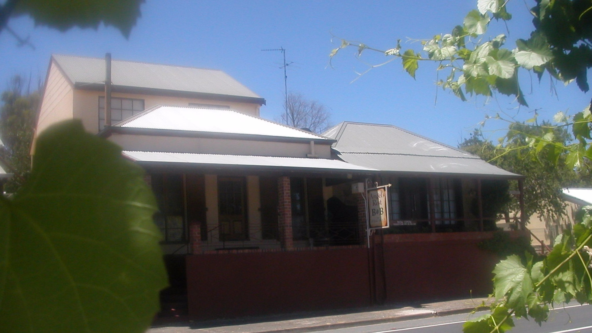 Angel's Rest Bed and Breakfast - Accommodation in Bendigo