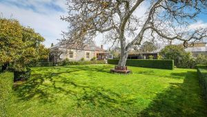 Kyneton Old Rectory - Accommodation in Bendigo