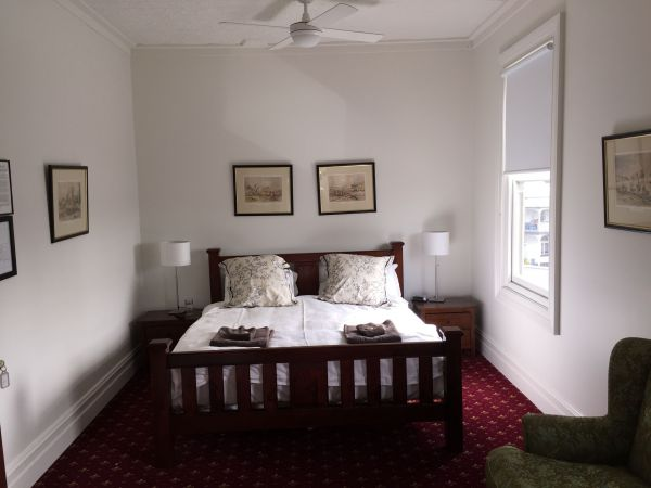 The Corner Hotel Alexandra - Accommodation in Bendigo