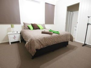 Hayden House - Accommodation in Bendigo