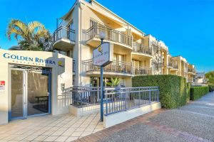 Golden Riviera Beach Resort - Accommodation in Bendigo