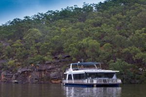 Able Hawkesbury River Houseboats - Kayaks and Dayboats - Accommodation in Bendigo