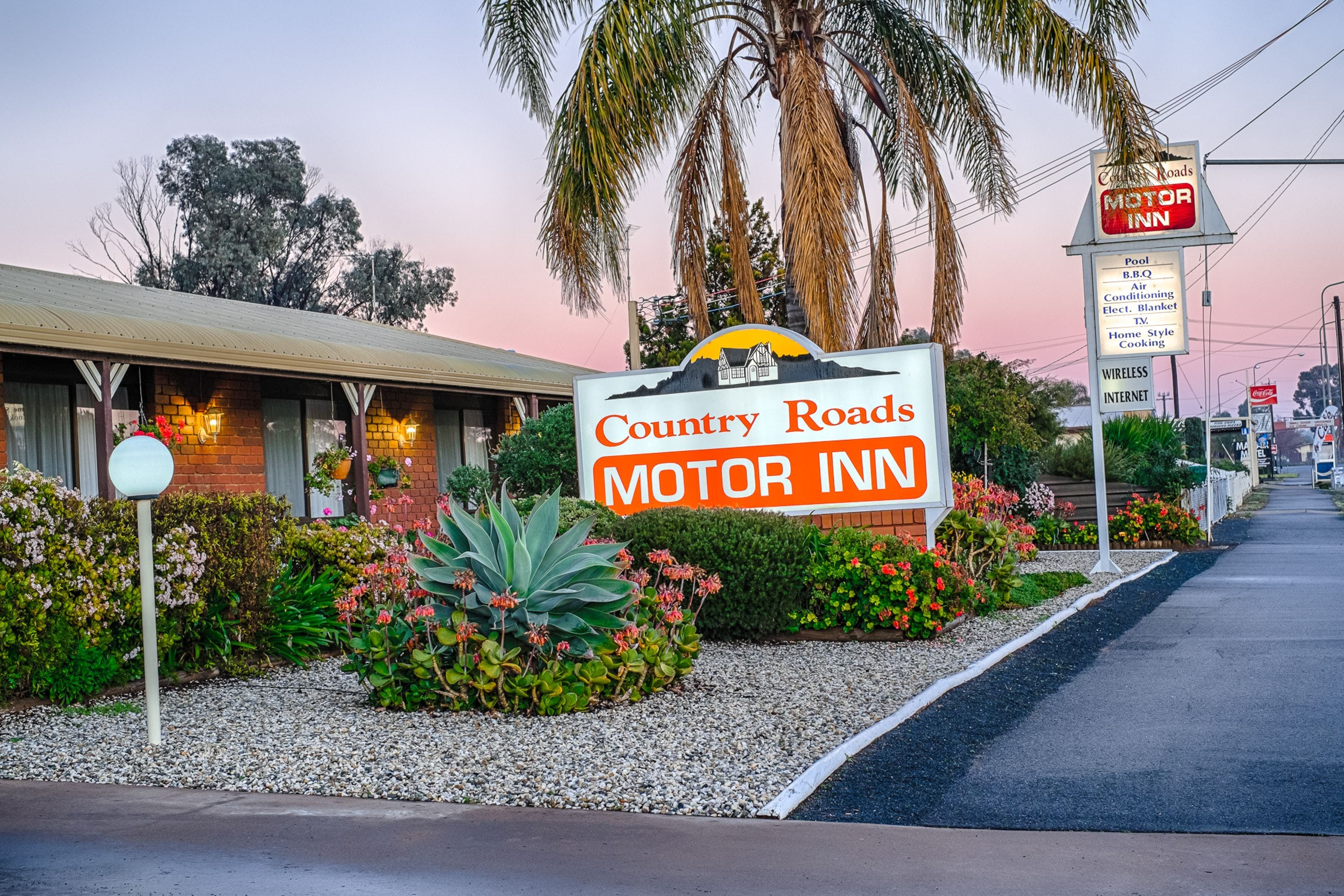 Country Roads Motor Inn - Accommodation in Bendigo