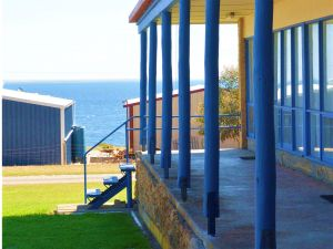 Island View Holiday Apartments - Accommodation in Bendigo