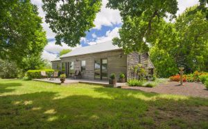 Timboon House  Stables - Accommodation in Bendigo