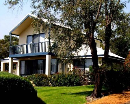 Walpole Bayside Villas - Accommodation in Bendigo