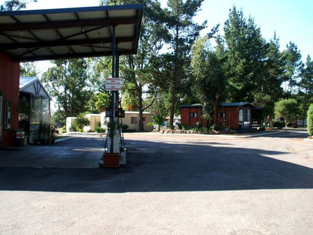 Warren Way Caravan Park - Accommodation in Bendigo