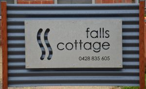 Falls Cottage Whitfield - Accommodation in Bendigo