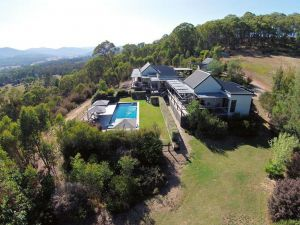 215 Mt Buffalo Retreat - Accommodation in Bendigo