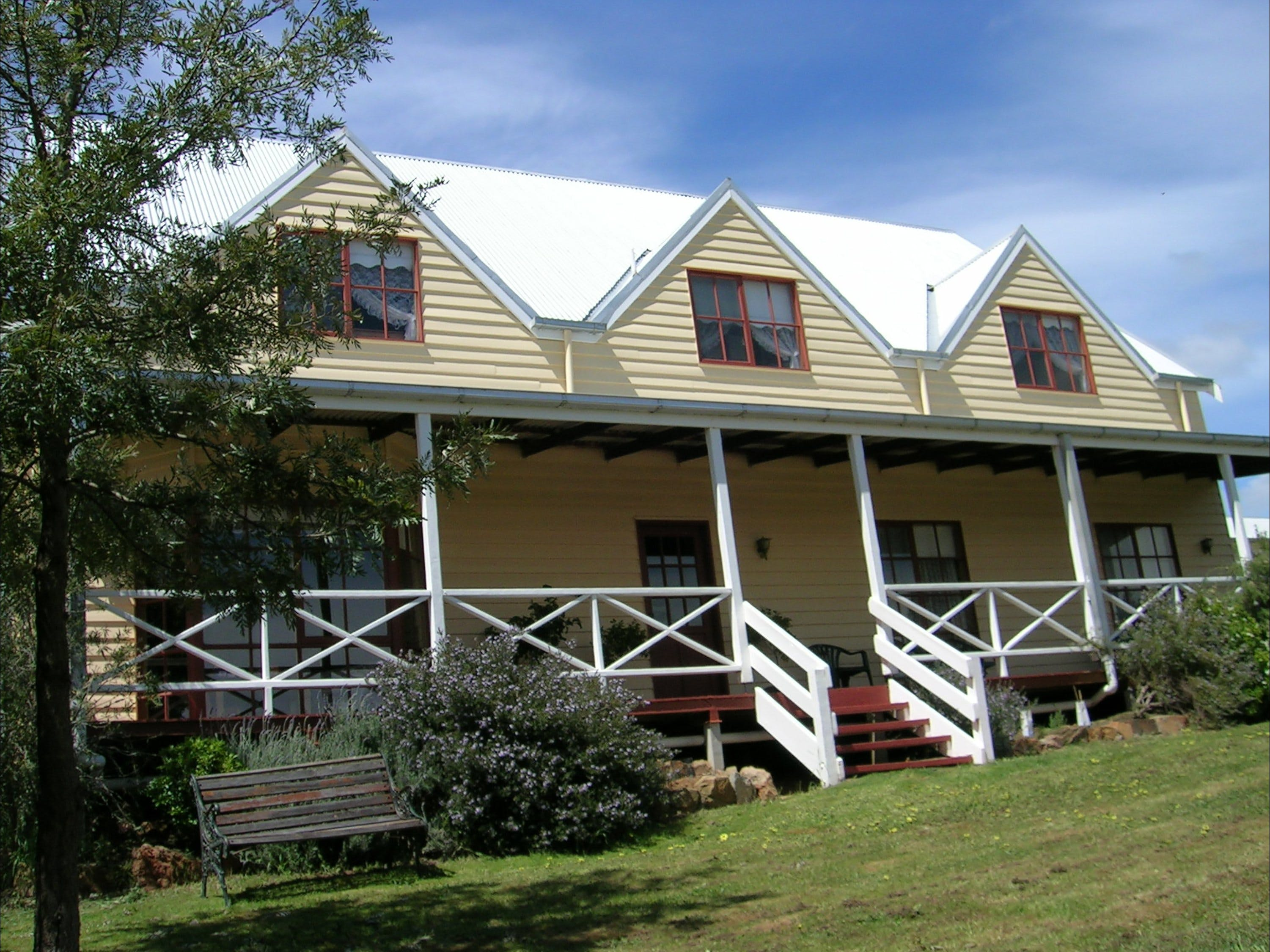 Celestine House - Accommodation in Bendigo