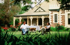 The Lodge Country House - Accommodation in Bendigo