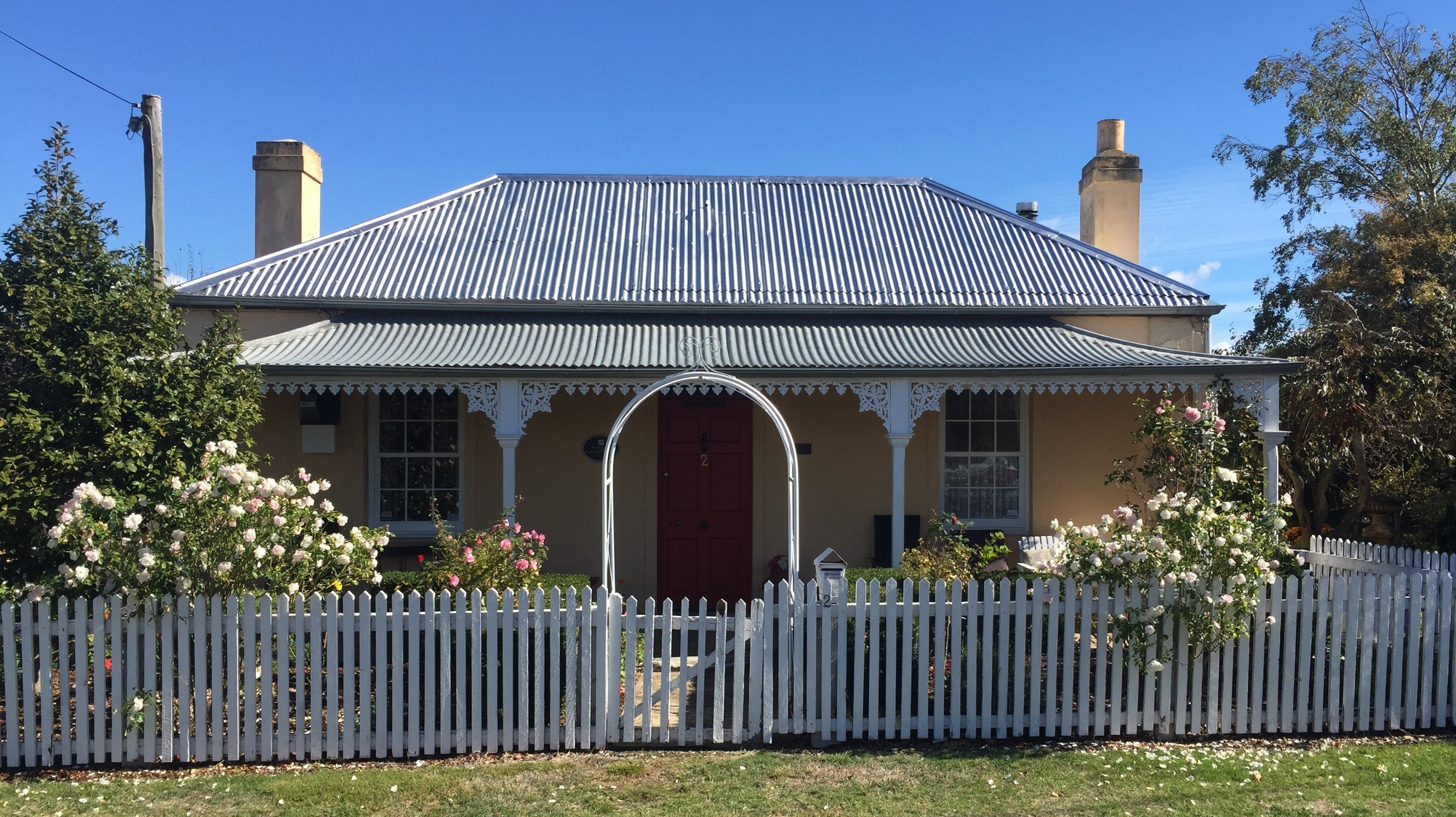 Bellamona - Cosy Georgian Cottage - Accommodation in Bendigo
