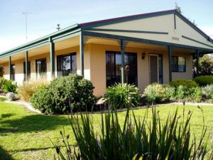 Bells By The Beach Holiday House - Accommodation in Bendigo