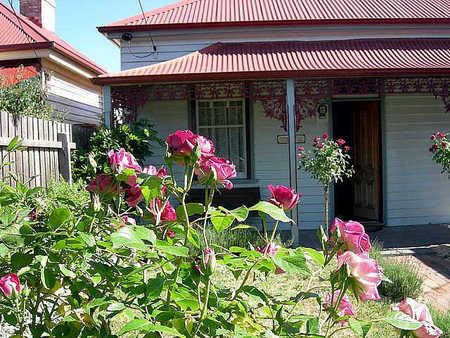 Airleigh - Rose Cottage - Accommodation in Bendigo