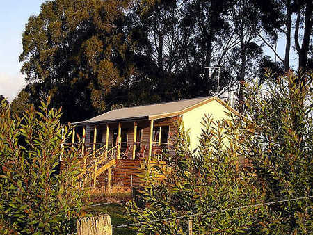 Birchwood Retreat Country Cottages - Accommodation in Bendigo