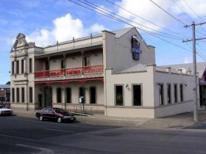 Mitchell River Tavern - Accommodation in Bendigo