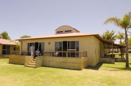 Discovery Holiday Parks - Koombana Bay - Accommodation in Bendigo