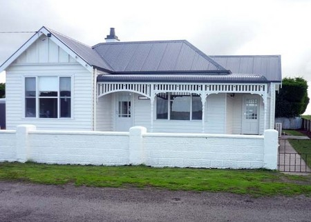 Calgary House  Cottage Accommodation - Accommodation in Bendigo