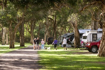 Beachfront Holiday Park - Accommodation in Bendigo