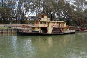 Emmylou Paddle Steamer - Accommodation in Bendigo