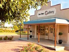 Peter Franz Fine Art Gallery - Accommodation in Bendigo