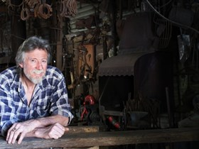 River Lane Blacksmith Tours - Accommodation in Bendigo