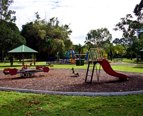 Cascade Gardens - Accommodation in Bendigo