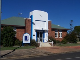 Crows Nest Regional Art Gallery - Accommodation in Bendigo