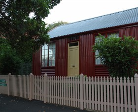 19th Century Portable Iron Houses - Accommodation in Bendigo