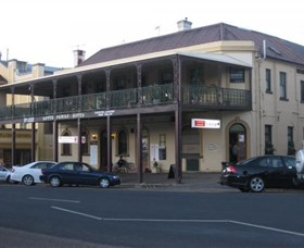 The Family Hotel - Accommodation in Bendigo