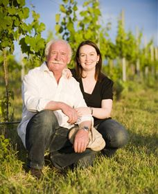 Helm Wines - Accommodation in Bendigo
