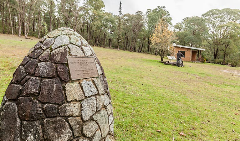 Major Clews Hut walking track - Accommodation in Bendigo