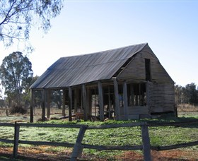 Cobb and Co Stables Morven - Accommodation in Bendigo