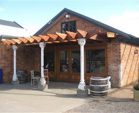 Eling Forest Cellar Door and Cafe - Accommodation in Bendigo