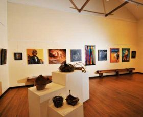 Blue Knob Hall Gallery and Cafe - Accommodation in Bendigo
