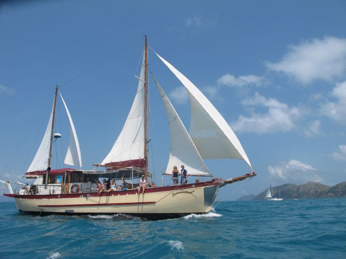 Adventure Cruise Dive and Outer Reef - Whitsundays Sailing Adventures - Accommodation in Bendigo