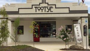 Tootsie Fine Art and Design - Accommodation in Bendigo