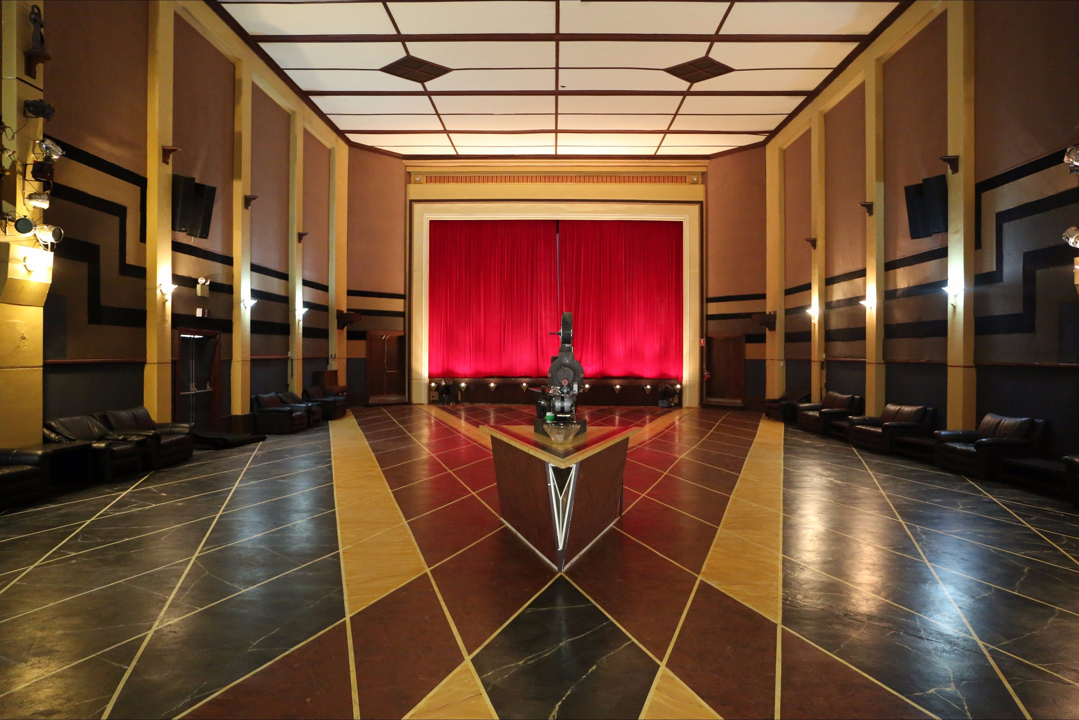 The Paragon Theatre - Accommodation in Bendigo