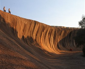 Wave Rock - Accommodation in Bendigo