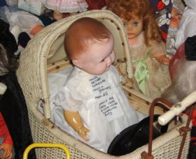 Little Darlings Doll Museum and Coffee Shop - Accommodation in Bendigo