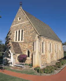 Uniting Church - York - Accommodation in Bendigo