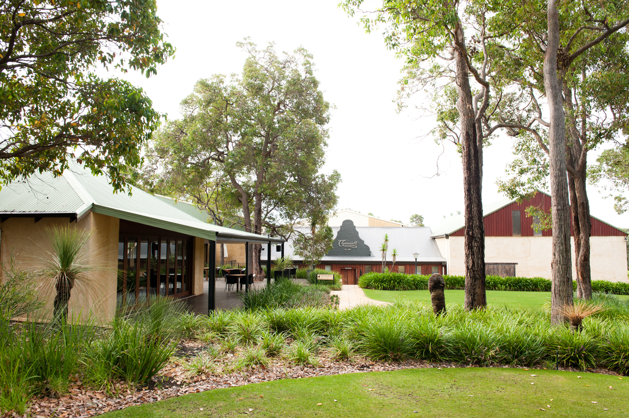 Clairault  Streicker Wines - Accommodation in Bendigo