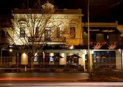 Crown and Sceptre Hotel - Accommodation in Bendigo