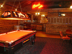 Spurs Saloon - Accommodation in Bendigo
