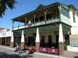 Shamrock Hotel Alexandra - Accommodation in Bendigo