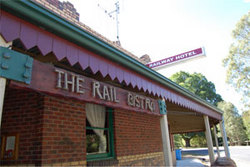 Railway Hotel - Accommodation in Bendigo
