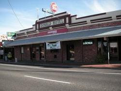 Donald Hotel - Accommodation in Bendigo