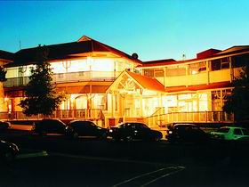 Loxton Community Hotel Motel - Accommodation in Bendigo