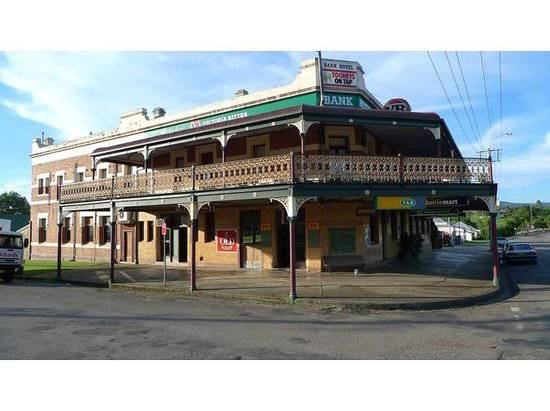 Bank Hotel Dungog - Accommodation in Bendigo