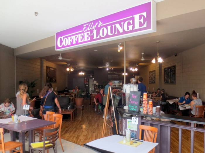 Ellys Coffee Lounge - Accommodation in Bendigo